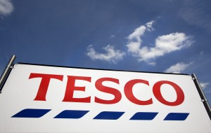 tesco-store-sign