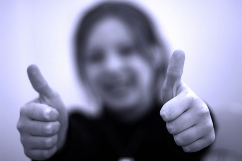 thumbs up Does an excellent CSR report mean an excellent website?