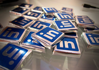 linkedin LinkedIn Launches SlideShare Content Ads and Brands Take Notice