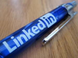 linkedin company page b2b