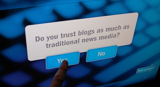blogs vs traditional media