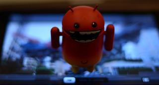 google droid robot on apple ipad